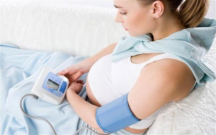 Что колят беременным при низком давлении 51