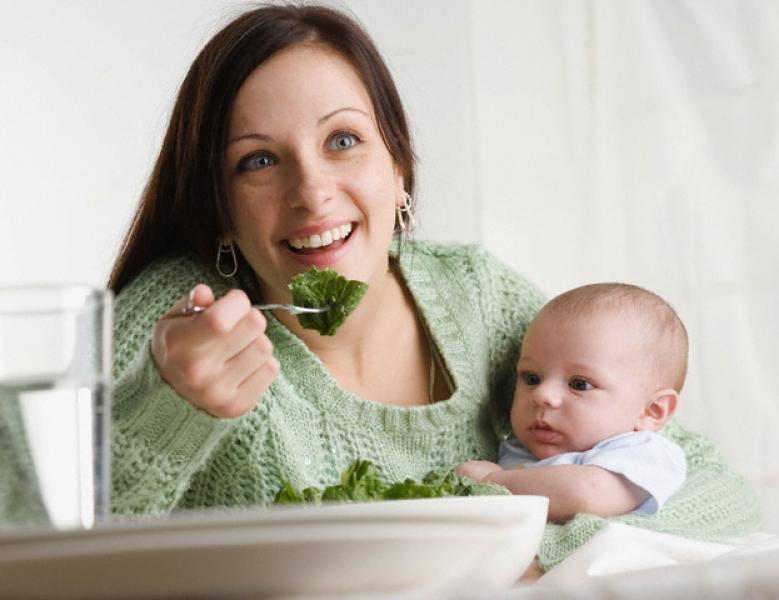 Как питаться женщине в первые дни после родов