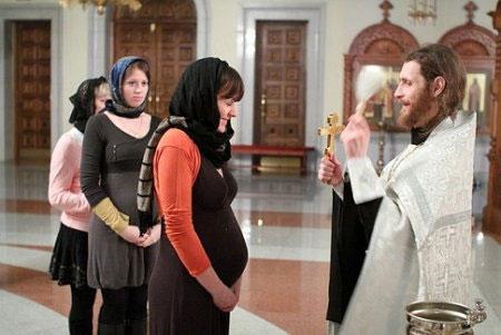 Нужно ли беременной ходить в церковь 4