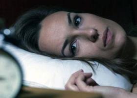 Бессонница при беременности: как избавиться?