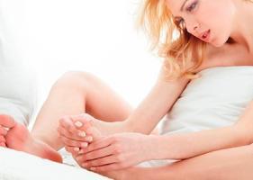 По каким причинам ноют ноги при беременности?