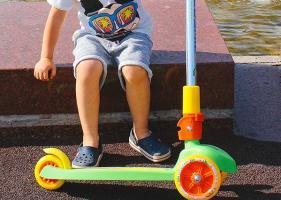 Все, что нужно знать о детских самокатах