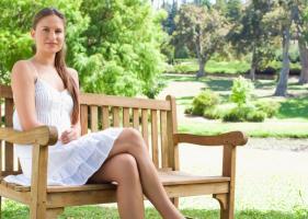 Нога на ногу при беременности - можно или нет?