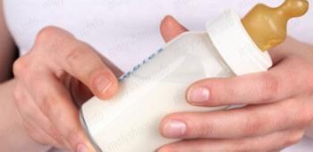 Как сцеживать молоко при мастите